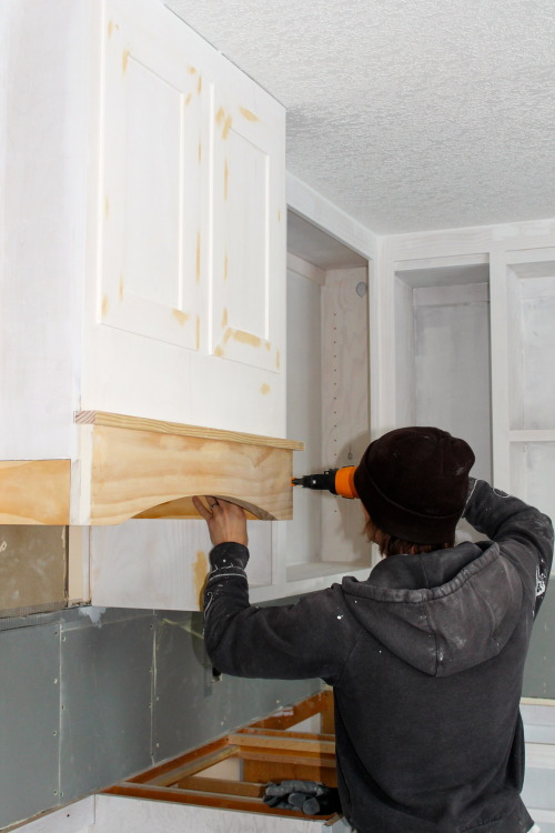 installing a diy range hood in a kitchen   construction2style