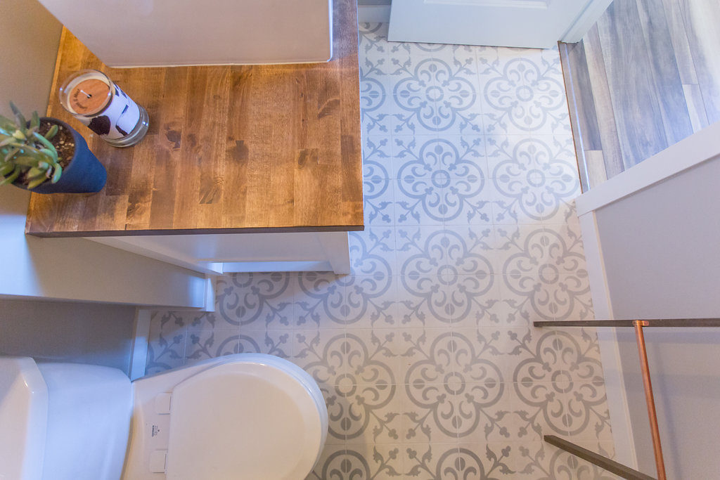 Purchasing a Fixer Upper? Which Projects to Do on Your Own and Which Ones to Outsource | construction2style
